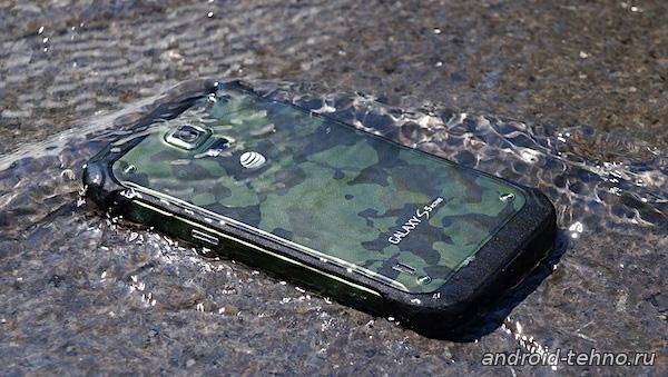 Samsung Galaxy S6 Active может получить qHD разрешение.